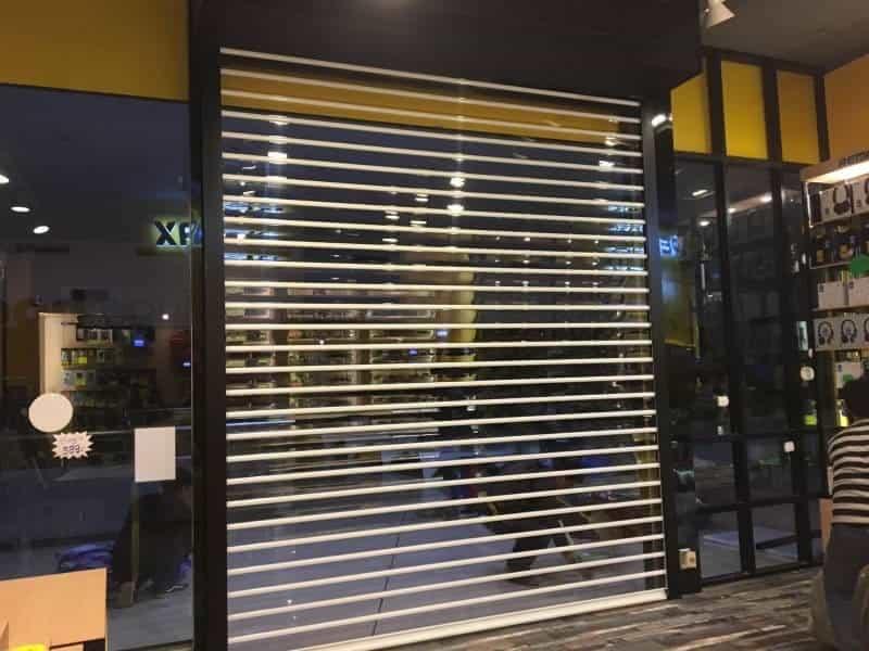 ประตูม้วน โพลี คาร์บอเนต สีขาว 3 เมตร
