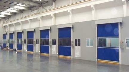 ประตูม้วนผ้าใบในโรงงาน