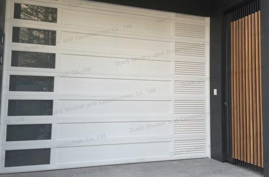 ประตูบานแขวนสีขาว 02