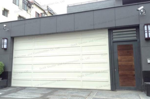 ประตูบานแขวนสีขาว 03
